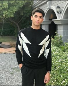 Asian Boys, Asian Men, Mens Style Guide, Handsome Boys, Style Guides, My Eyes, Hot Guys, Thailand, Men's Fashion