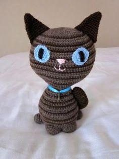 Virkattu raidallinen kissa Knitting For Kids, Crochet Animals, Knit Crochet, Projects To Try, Beanie, Cats, Crocheting, Crocheted Animals, Crochet