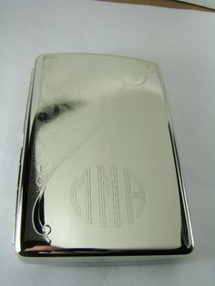 Cigarette case with round style monogram