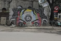 Bollywood art project Its Walls in Ruins, a Mumbai Suburb Turned to Art and Was Reborn | Atlas Obscura