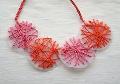 DIY Tutorial DIY Necklaces / Pink Stripey Socks: String art thread and milk jug necklace - Bead&Cord Art Necklaces, Girls Necklaces, Diy Necklace, Necklace Tutorial, Girls Jewelry, Recycled Jewelry, Recycled Art, Recycled Bottles, Repurposed