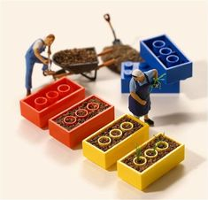 Building a Tiny World – Miniature Calendar by Tatsuya Tanaka Miniature Photography, Toys Photography, Creative Photography, Figure Photography, Macro Fotografie, Miniature Calendar, All The Small Things, Tiny World, Miniature Crafts