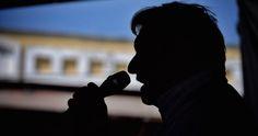 El descontento social hacia el derroche de los políticos mexicanos y una economía en declive que sólo ha traído pobreza ha favorecido a Andrés Manuel López Obrador quien se ha capitalizado el sentimiento anti-Trump y se catapulta en las encuestas presidenciales rumbo a 2018, coincidieron este lunes