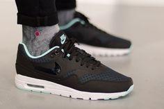 Nike Air Max 1 Ultra Essentials Black/Teal post image