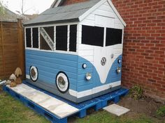 VW combined van disguised as a shed lol
