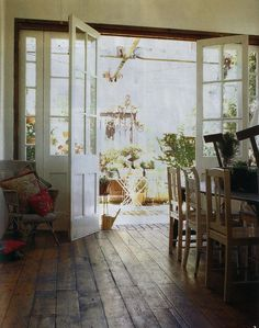 https://flic.kr/p/4yDxH3 | . | Lyn Gardener's home from a Chilean magazine.