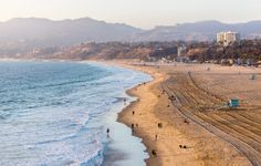 The beaches in Santa Monica & Venice | Santa Monica Hotel Booking