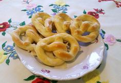 Hungarian Recipes, Hungarian Food, Onion Rings, Scones, Cauliflower, Bakery, Stuffed Peppers, Homemade, Meals