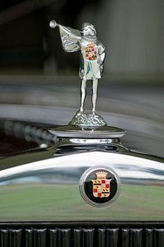 Hood Ornament of Cadillac 1183 (Dual Cowl) Phaeton -  1929