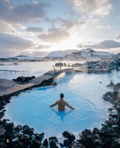 Even it's winter and surrounded by snow, Blue Lagoon is still nice and warm💙 Spring Spa, Pretty Photos, Iceland Travel, Travel Aesthetic, Blue Lagoon, Beautiful Places, Waterfall, Around The Worlds, Outdoor Decor