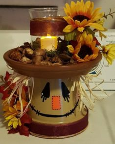 Fancy DIY Fall Craft Ideas to Bring Autumn to Your Home - Fancy DIY Fall Craft Ideas to Bring Autumn to Your Home - - Scarecrow Mason Jar Fall Decor Fall Centerpiece Scarecrow Clay Pot Projects, Clay Pot Crafts, Diy And Crafts, Diy Projects, Decor Crafts, Easy Fall Crafts, Spring Crafts, Felt Crafts, Fall Projects