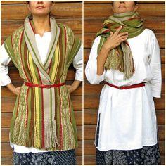 Mantón de las lanas echarpe abrigo de lana por TelaresNUEVOMUNDO Textiles, Rag Quilt, Blanket Scarf, Slow Fashion, Hand Weaving, Wrap Dress, Handmade Items, Petra, Yellow