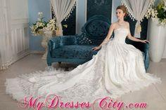 Awesome gown that make u feel like princess.