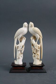 Pair of Chinese Ivory Finely Carved Phoenix Birds Chinese Culture, Chinese Art, Ancient Egyptian Tombs, Wild Elephant, Oriental Decor, Phoenix Bird, Art N Craft, Bone Carving, Decorative Objects
