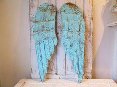 Wood and metal angel wings wall hanging rusty by AnitaSperoDesign
