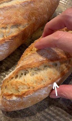 Quick French Bread Recipe, Homemade French Bread, Best Bread Recipe, Whole Wheat Baguette Recipe, French Bread Recipes, Simple Bread Recipe, Homemade Baguette Recipe, Artisan French Bread Recipe, Crusty French Baguette Recipe