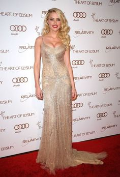 Amber Heard of dress Donna Karan