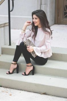 60 Classy Work Outfit Ideas for Sophisticated Women - Fashion Classy Classy Outfits For Women, Classy Work Outfits, Business Casual Outfits, Cute Outfits, Clothes For Women, Cute Professional Outfits, Semi Formal Outfits For Women, Semi Casual Outfit Women, Sexy Work Outfit