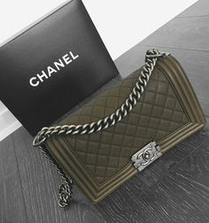 IT'S OLIVE I HAD TOO!! ❤️ I remember growing up, dreaming of Chanel bags and never thinking I would ever even touch one. If you have a dream, chase it and never give up. It will be hard, but it will be worth it. Hustle until your passion becomes your paycheck. I'm just a girl from a small town who decided to go for it. I risked everything for a dream no one could see but me. Never let anyone convince you that your dreams are too big. Prove them all wrong  #oliveit