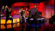 "Too funny! Must watch if you loved Fresh Prince. Will Smith ""Fresh Prince Rap"" on The Graham Norton Show - HD - Funny Me, Funny Stuff, Norton Show, Fresh Prince, I Love To Laugh, Geek Out, Just For Laughs, Will Smith, Funny Photos"