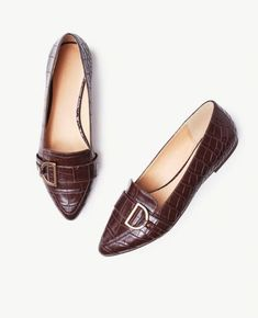 Loafer Mules, Loafers, Pointy Toe Flats, Pretty Shoes, Chanel Ballet Flats, Discount Shoes, Me Too Shoes, Tassel Necklace, Dress Shoes