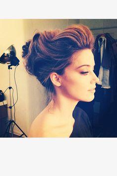 Golden Globes Celebrity Instagrams - Golden Globes Red Carpet 2014 - ELLE amber heard