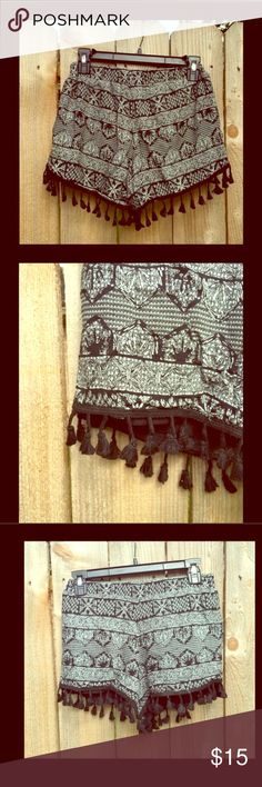 Bohemian shorts with tassels Soft shorts with elastic waist. Black and white pattern with dangling tassels. Shorts