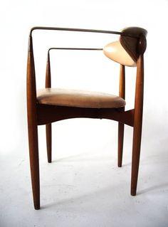 ModernLove | 20th Century Design | modernlove20.com : : mid century modern, early + post modern furniture, lighting, objects + art :: winnipeg, canada :: modern love design