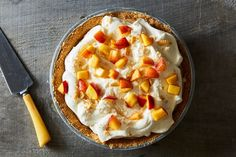How to make a cream pie, on Food52.