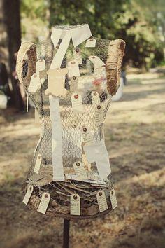 livre d'or couture - photo Lorenzo Accardi  (13) Wedding Decorations, Wedding Ideas, Reception, Diy, Bride, Texture, Scrapbooking, Inspiration, Party Ideas