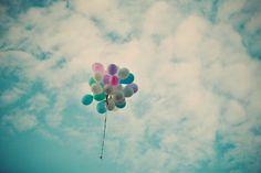 """lalgibi: """"""""Bir gün çok bunalırsan sakın unutma gökyüzüne bakmayı gökyüzü…"""