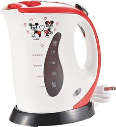 Disney Discovery- Mickey And Minnie Electric Kettle - - I am not a great cook, but I still love adorable Disney kitchen gadgets! This Mickey And Minnie Electric Kettle is definitely something I would love to. Cocina Mickey Mouse, Mickey Mouse Kitchen, Mickey Y Minnie, Disney Mickey, Disney Merch, Disney Mugs, Disney Dorm, Disney Dishes, Disney House