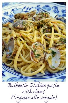 Of all the wonderful seafood pasta recipes there are here in Italy, pasta alle vongole is probably the top of the best seller list. Not surprising given how delicious this iconic Neapolitan dish is! This linguine pasta alle vongole is my Sicilian hubby's Clam Recipes, Top Recipes, Seafood Recipes, Cooking Recipes, Healthy Recipes, Rice Recipes, Best Pasta Recipes, Healthy Dishes, Healthy Meals
