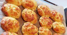 Τυροπιτάκια αφρός !!! Τα αγαπημένα όλων μας τυροπιτάκια !!! ΥΛΙΚΑ -ΕΚΤΕΛΕΣΗ 1 κεσεδάκι γιαούρτι 1 κεσεδάκι σπορέλαιο 2 αυγά Τα ... Greek Recipes, Pretzel Bites, Starters, Recipies, Cooking, Food, Brioche, Kuchen, Recipes