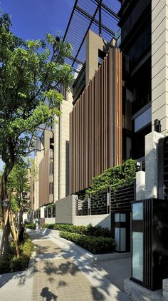 Gallery of Ritz Plaza Housing Complex / Chin Architects - 13
