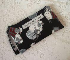 Knitting purse £7.50