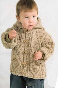 Sweater with a hood for a boy. Patterns and instractions are in russian.