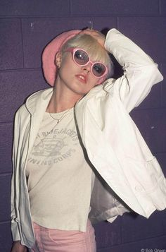 soundsof71: Debbie Harry, Blondie, Toronto, March 1977, by Bob Gruen. Plenty punk in pink.