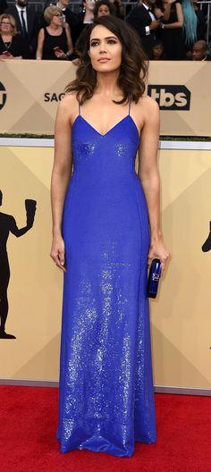 Pinterest: DEBORAHPRAHA ♥️ Mandy Moore at SAG Awards wearing purple blue dress, beautiful red carpet dress! Red Carpet Dresses, Blue Dresses, Formal Dresses, Long Sequin Dress, Wearing Purple, Mandy Moore, Sag Awards, Sequins, How To Wear