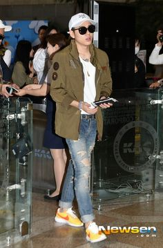 block b 블락비 zico woo jiho 우지호 지코 at gimpo airport 09.17.2015