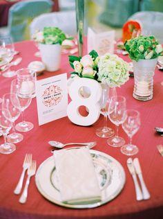Foto vía: www.bodas.com.mx/articulos/consejos-para-una-boda-primaveral-total--c5474