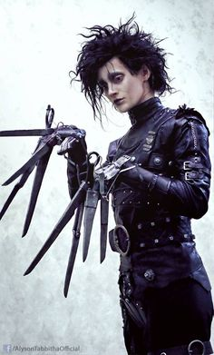 Cool Cosplay: Edwards Scissorhands