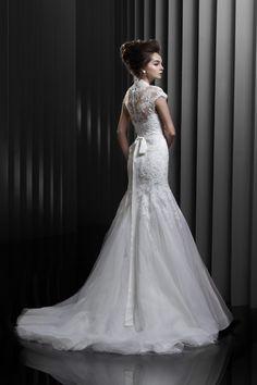 Gorgeous Lace Wedding Dress - Enzoani 2013