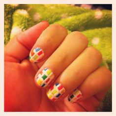 Checkered colored nails