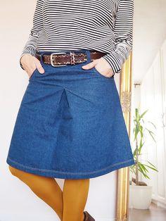 #schnittmuster #luisawolkenschein #ebook #nähen #amy #modedesign #rock #ootd #jolijou Waist Skirt, High Waisted Skirt, Amy, Jeans Rock, Denim Skirt, Winter Outfits, Ootd, Skirts, Design