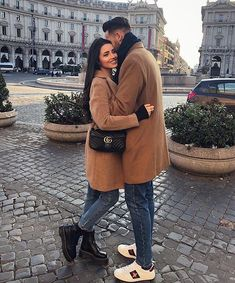 Wearing the smile that you gave me 💖 Couple Photoshoot Poses, Couple Photography Poses, Couple Posing, Mode Outfits, Fashion Outfits, Fall Outfits, Photographie Indie, Classy Couple, Stylish Couple