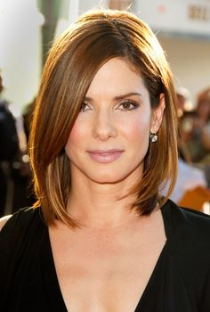 Sandra Bullock's 2006 cut proves less is more. Light layers and a deep side part look amazing on straight hair. - Redbook.com