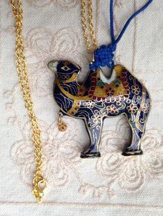 Camel pendant necklace, vintage cloisonne camel pendants, cloisonne camel, cloisonné , vintage cloisonné pendants, camel jewelry  N140