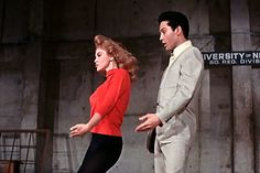 So THAT'S where that dance move originated. Ann Margret Photos, Elvis Sings, Dance Moves, Classic Films, Elvis Presley, Dancer, Singing, Hollywood, Actors