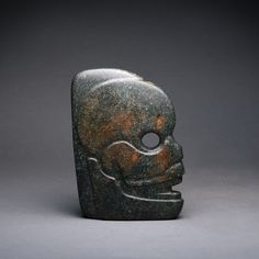 MEXICAN AZTEC PRE COLUMBIAN STYLE GREEN STONE JADE TLALOC RAIN GOD GLYPH PENDANT